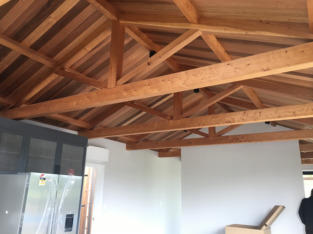 Exposed trusses in residential settings archives timberworks for Exposed roof trusses images