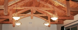 <h5>2. Hammer-Beam Trusses in the finished home</h5>