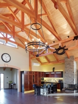 <h5>7 Vaulted ceiling provides fantastic feeling of light and space</h5>