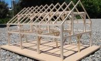 <h5>4  Mohawk Barn Model.</h5>