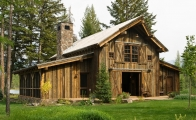 <h5>Inspiration for the Timberworks Montana Barn design</h5>