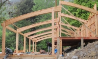 <h5>04 Post and curved beams</h5>