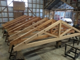 <h5>02 Eight king post trusses</h5>